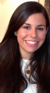 Headshot of Eliza Exrapour